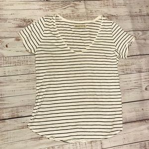 Abercrombie & Fitch Black and White Stripe T-shirt